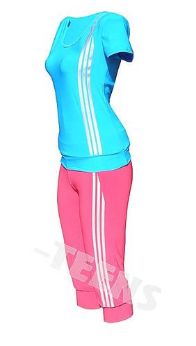 Летний спортивный костюм в обтяжку