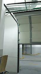 Гаражные секционные ворота с повышенным типом подъема и встроенной калиткой 10