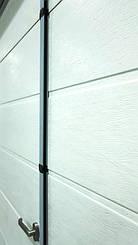 Гаражные секционные ворота с повышенным типом подъема и встроенной калиткой 15