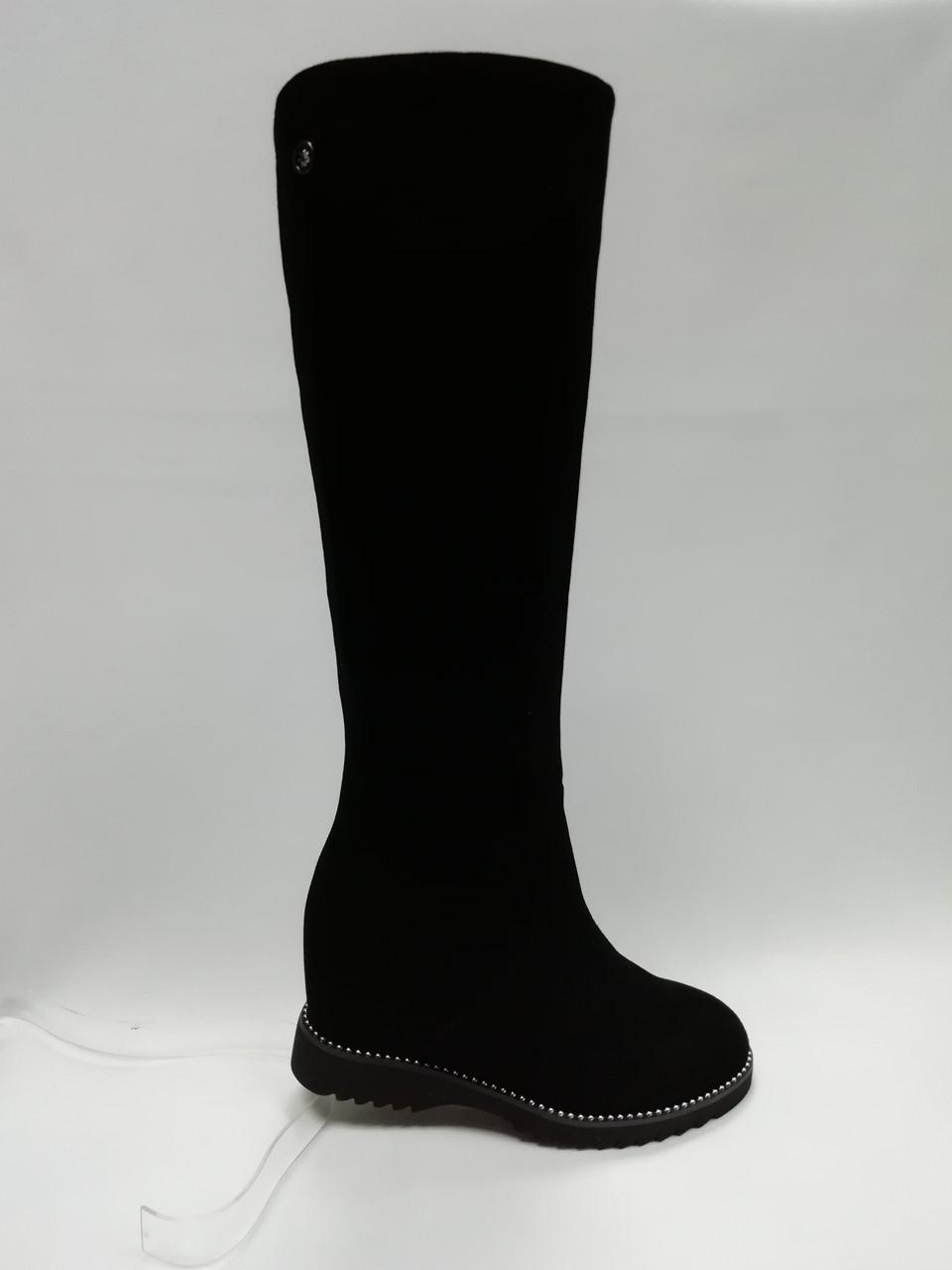 Черные замшевые зимние сапоги на танкетке. Erisses. Маленькие размеры.