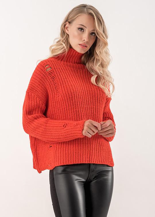 Женский свитер с высоким воротом кораллового цвета. Модель 19079