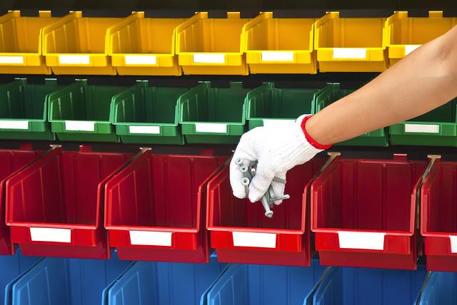 купить пластиковые ящики для метизов