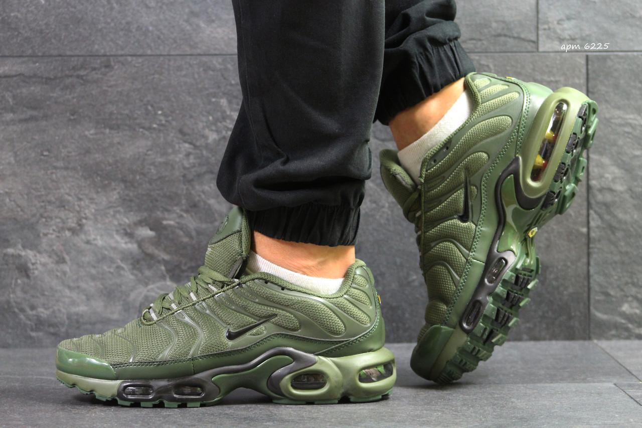 0f46ed38 Мужские кроссовки Nike Air Max 95 TN Plus реплика темно зеленые -  Интернет-магазин