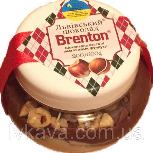 Шоколадно-молочная паста с кусочками фундука Львівський шоколад Брентон, 200 гр
