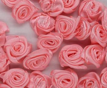 Розочки атласные 1,3 см, розовые