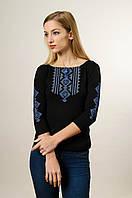 Модна жіноча футболка із вишивкою із рукавом 3/4 чорного кольору із блакитним орнаментом «Гуцулка»