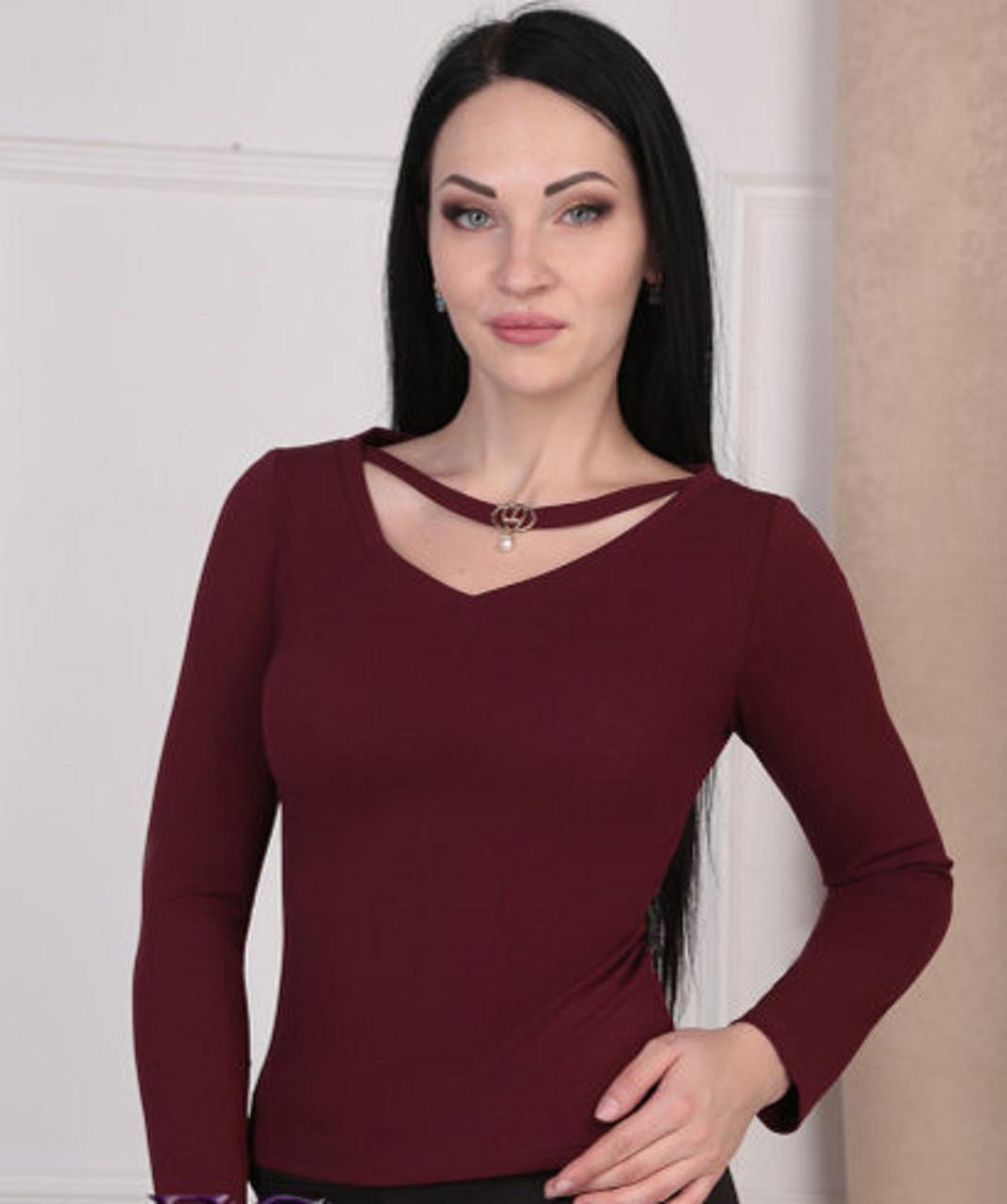 Женская кофта в цветах от 40 -46 размера