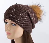 Вязаная шапка с помпоном из енота Богема шоколад