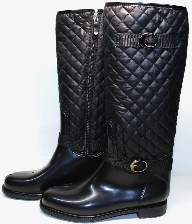 Модные резиновые сапоги женские прослужат осень зиму и весну. Шерстяной утеплитель с термо стелькой уберегут в холода, создают микроклимат внутри обуви.