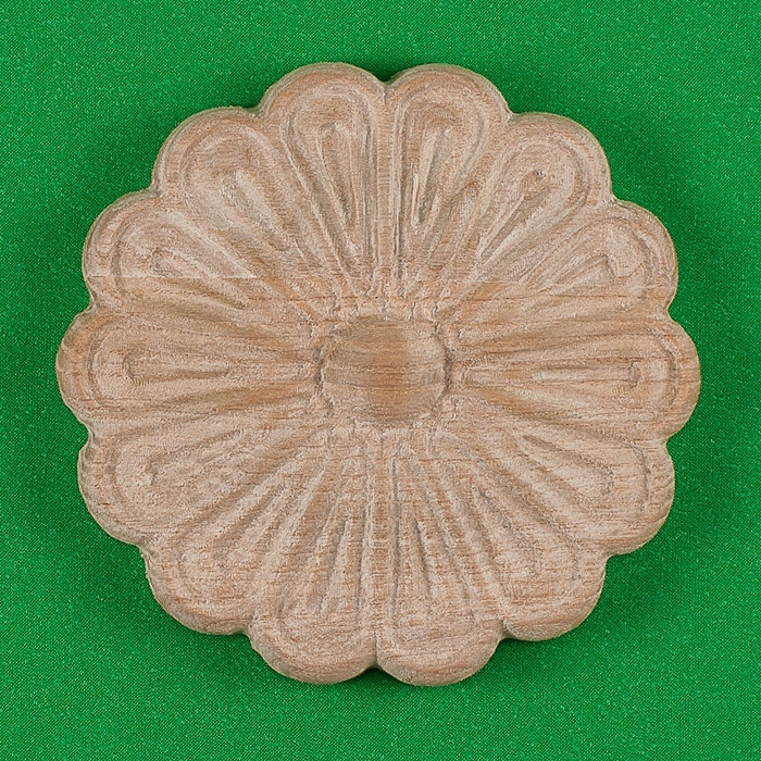Резной декор из дерева для мебели. Розетка круглая. Код Р13