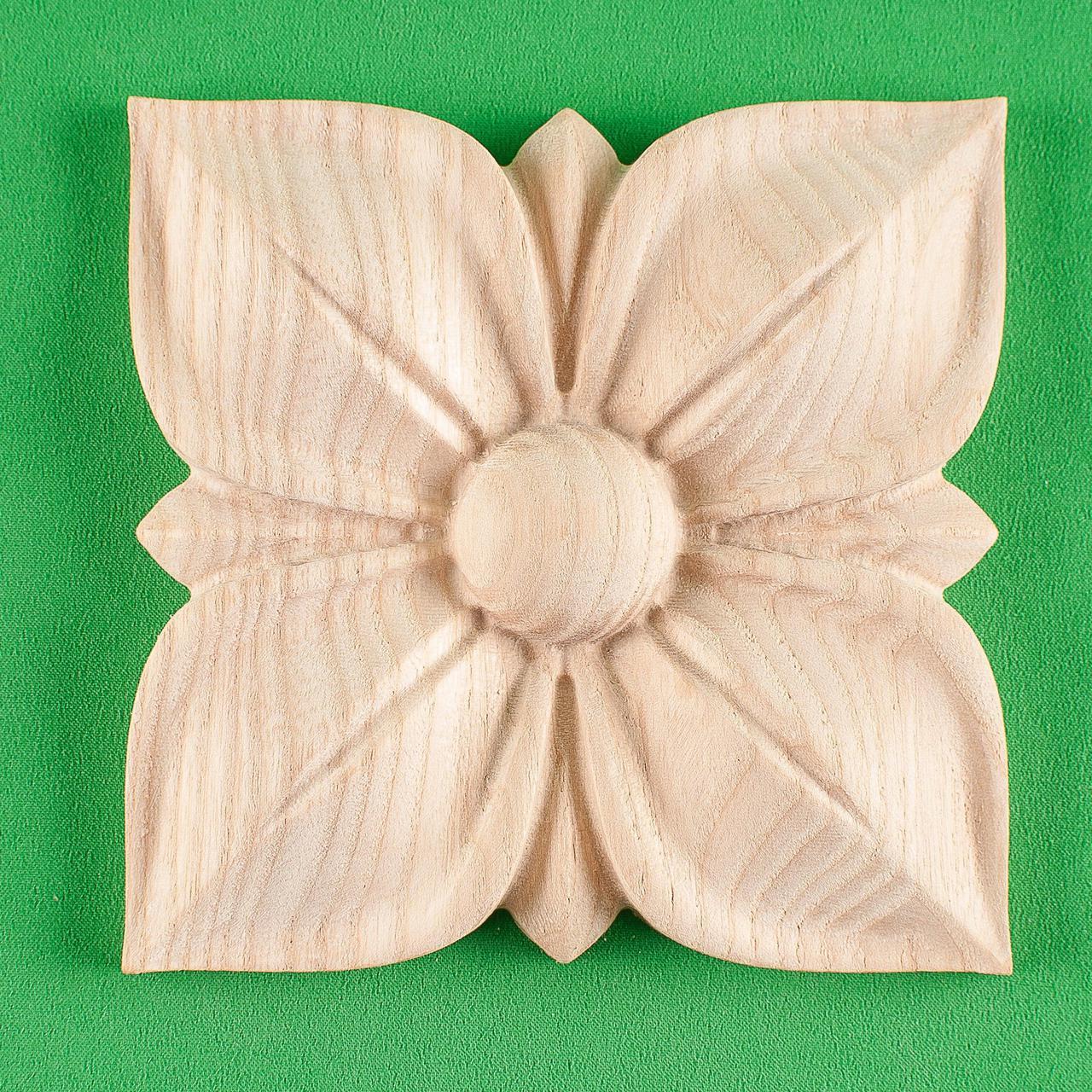 Розетка для деревянной мебели. Код Р32