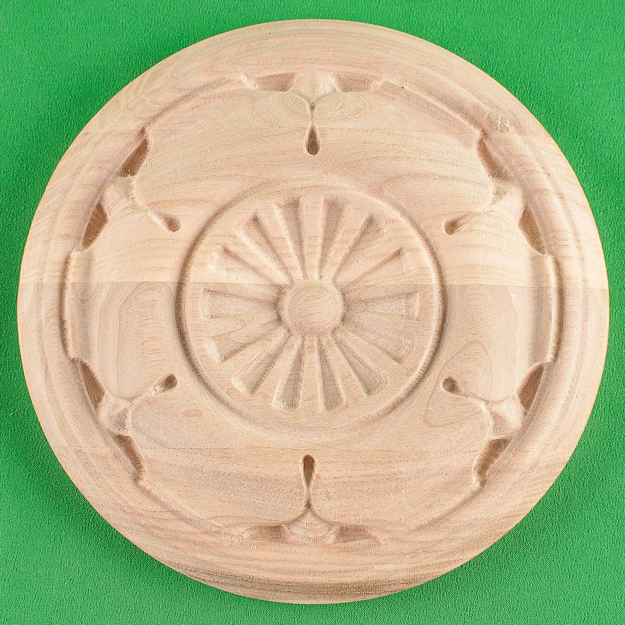 Мебельная накладка Розетка. Код Р37