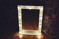 Стильное настольное гримерное, макияжное зеркало с подсветкой