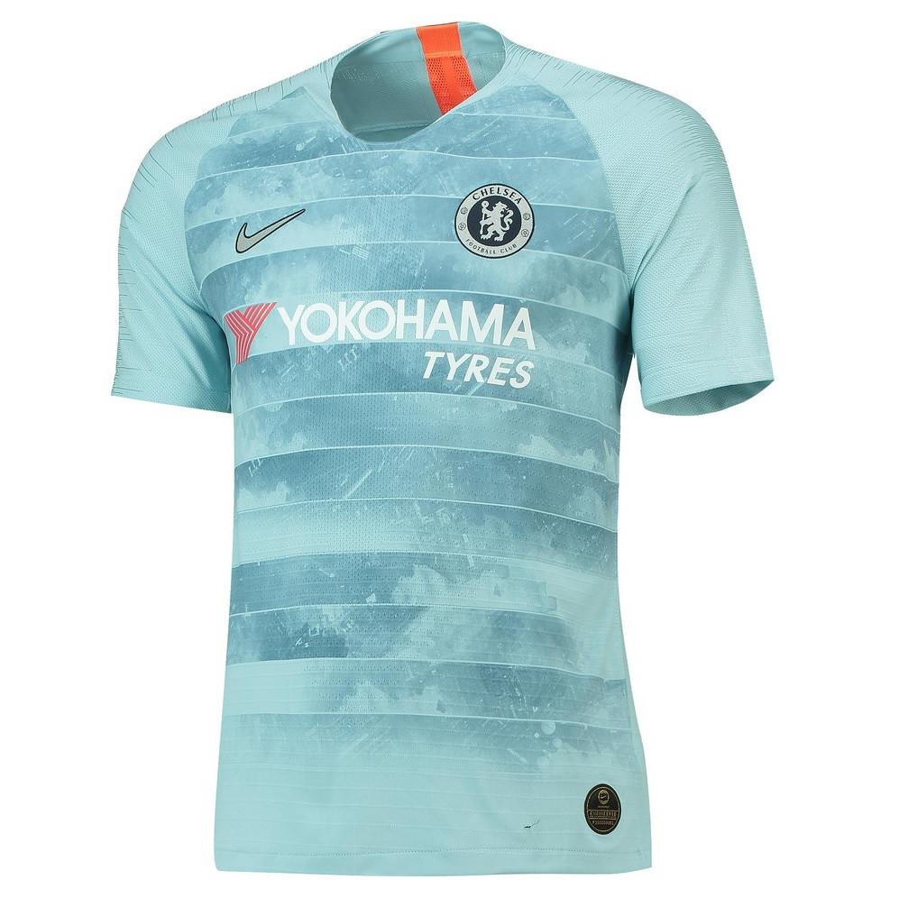 Футбольная форма Челси резервная светло-голубая (сезон 2018-2019)
