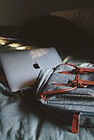 Что лучше: рюкзак или сумка для ноутбука?