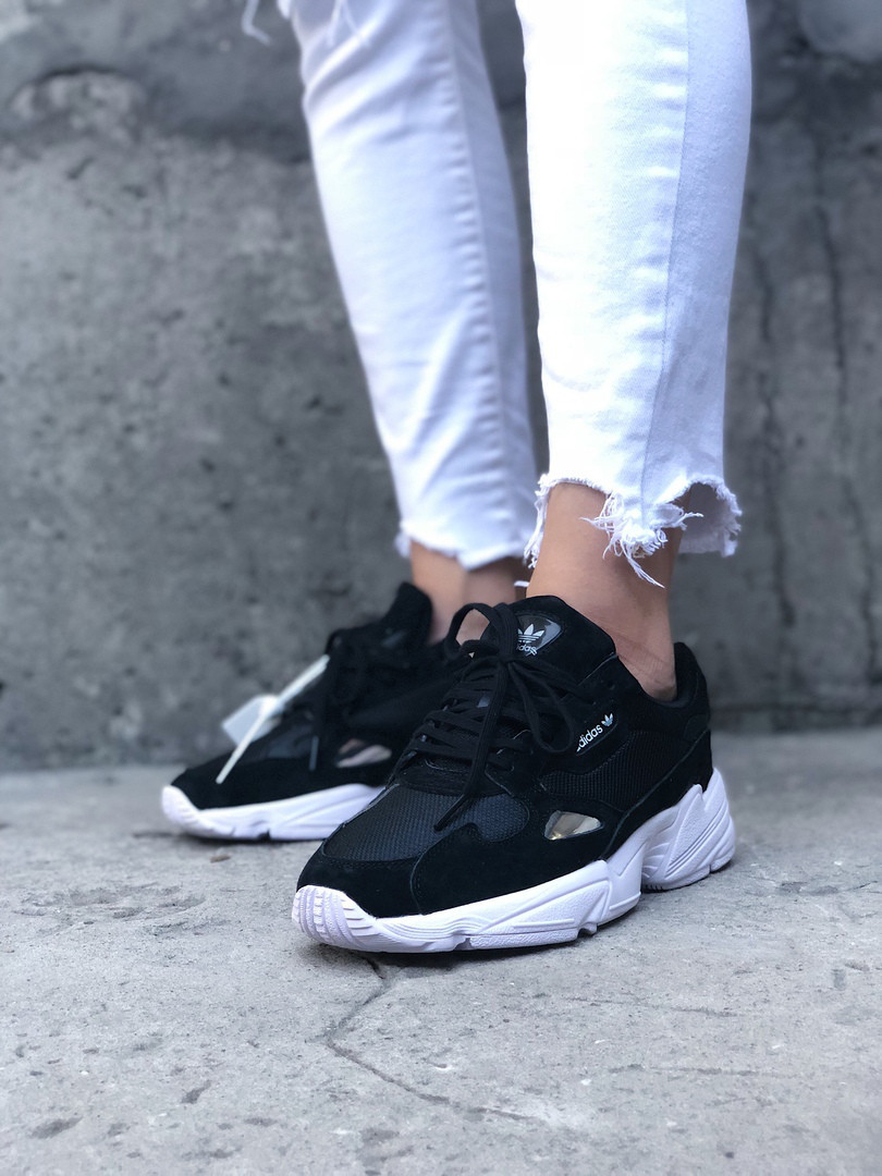 Женские кроссовки Adidas Falcon Core Black, Реплика ААА  продажа ... 303d7b0e15f