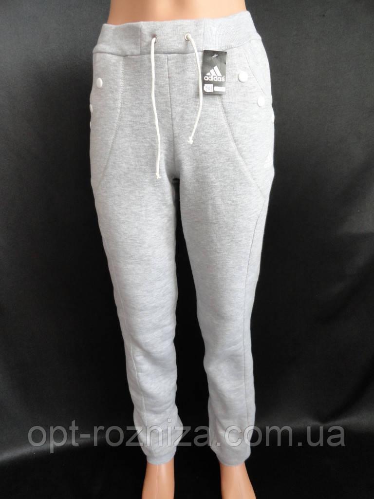 Женские теплые спортивные штаны.