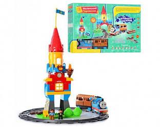 Детскийконструктор M 0443Паровозик Томас LIMO TOY,U/Rмузыкальный, (аналог LEGO Duplo)