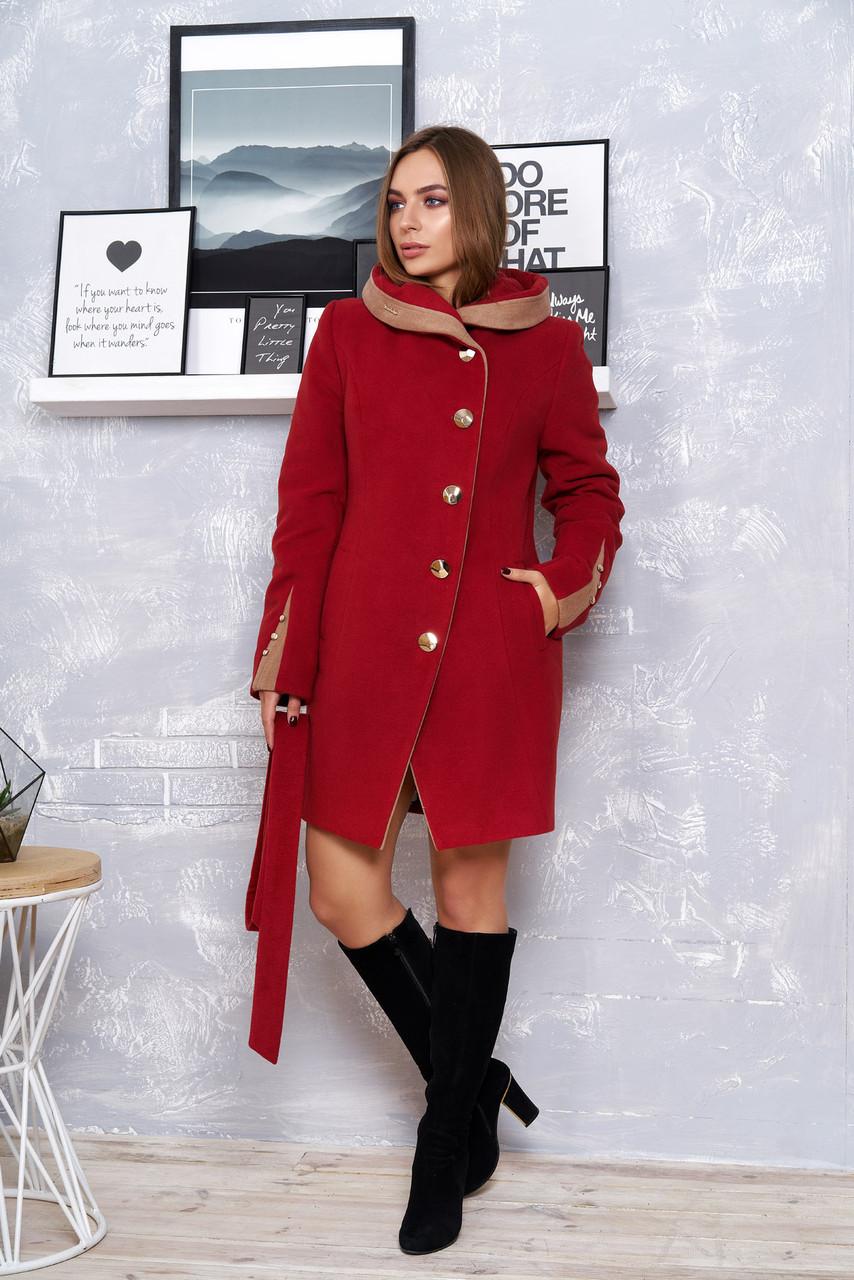 Женское зимнее пальто с капюшоном бордовое