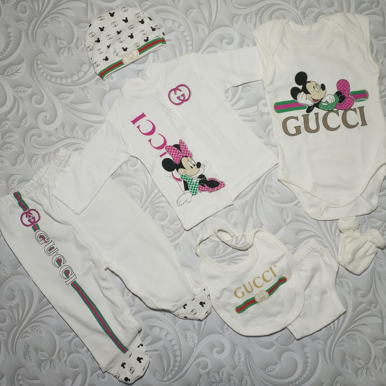 Подарочный набор для новорожденного Gucci ,7 предметов.
