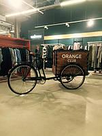 Стилізований велосипед на замовлення магазину одягу