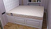 Двуспальная кровать с изголовьем и выдвижными ящиками