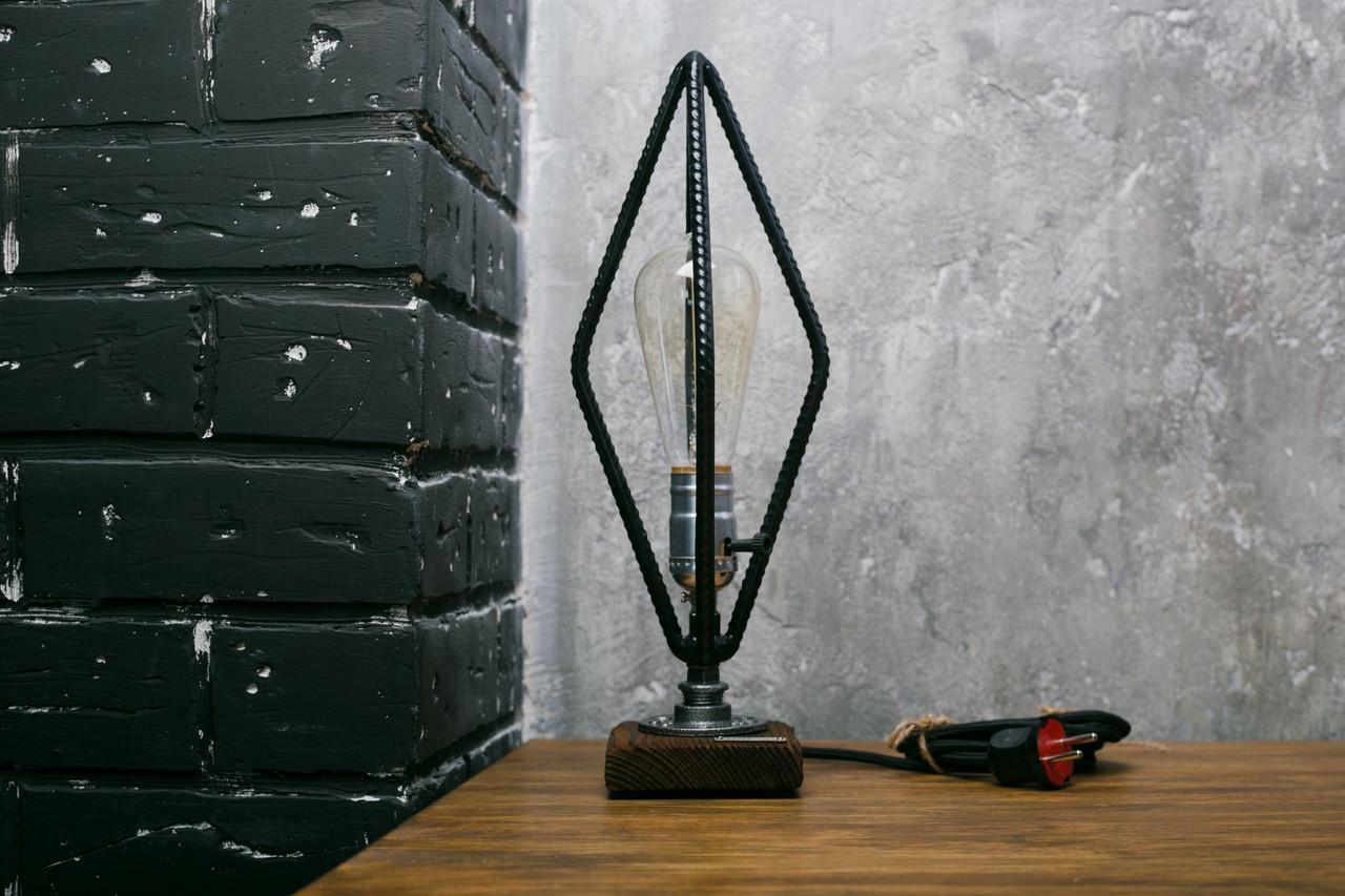 Светильник в стиле лофт из арматуры