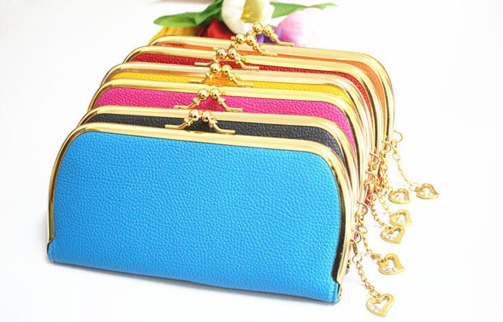 Стильний гаманець на засувці ретро
