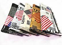 Стильный лакированный кошелек с принтом газеты, фото 3