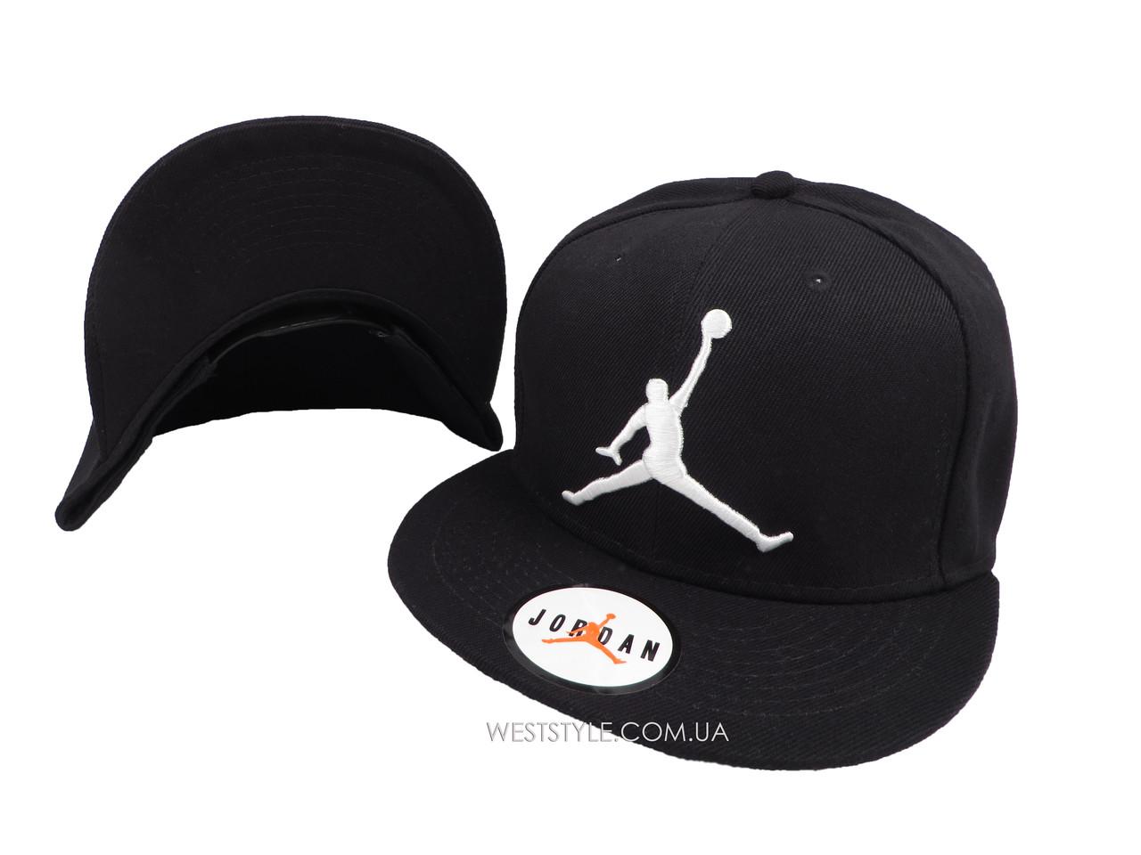 Чёрная кепка Jordan с белым логотипом (реплика)
