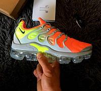 13912db0 Женские кроссовки Nike Air Vapormax Plus Will Land In Neon Colourway. Живое  фото (Реплика