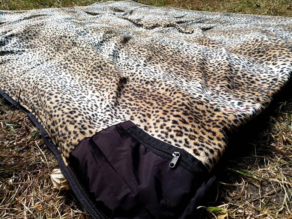 Спальный мешок на флисе,  мех, спальник туристический для похода, для холодной погоды!