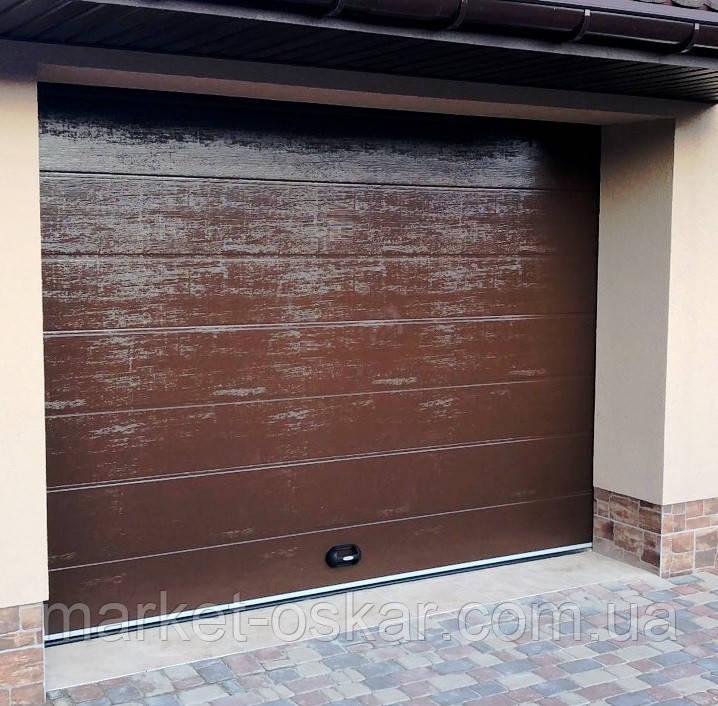 Готові гаражні секційні ворота Doorhan ширина 2500 висота 2200 коричневі