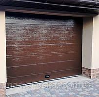 Готовые гаражные секционные ворота Doorhan ширина 2500 высота 2200 коричневые