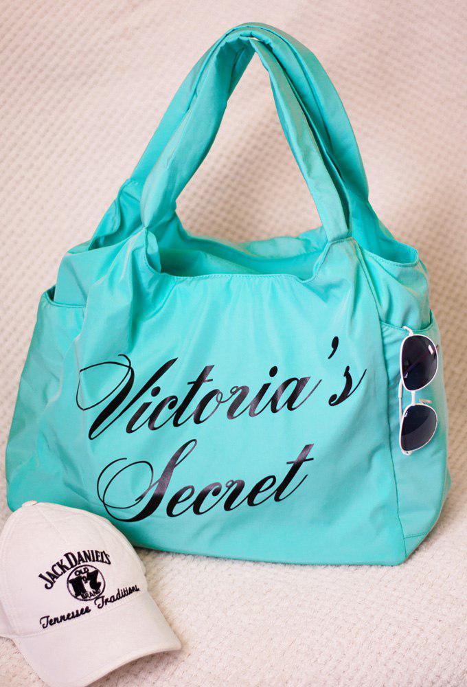 """Спортивная женская сумка """"Victoria's Secret"""" с принтом (4 цвета)"""