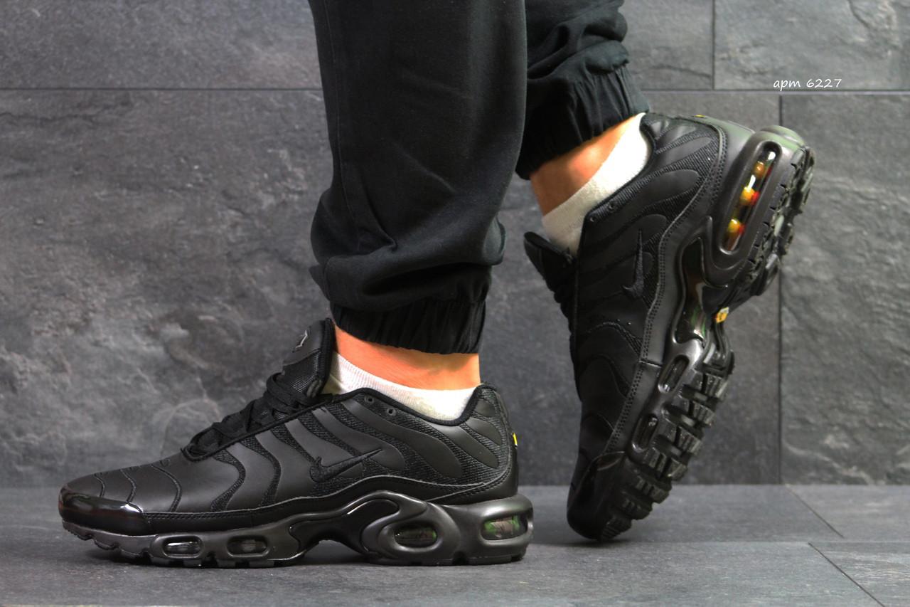 fccc35d8 Кроссовки в стиле Nike Air Max 95 TN Plus (черные) код товара 6227 ...
