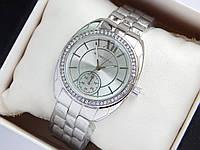 Женские наручные часы копия Michael Kors серебристого цвета с дополнительным циферблатом, фото 1
