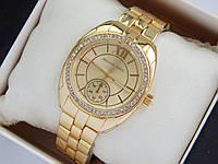 Женские наручные часы Michael Kors золотого цвета с дополнительным циферблатом, фото 1