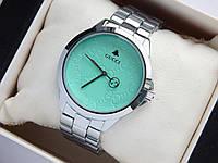 Наручные часы Gucci серебристого цвета с бирюзовым циферблатом