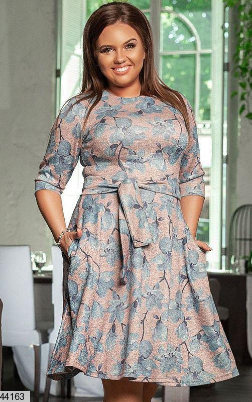Новинка! женское демисезонное платье в цветах размеры:50-58