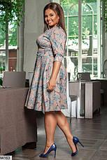 Новинка! женское демисезонное платье в цветах размеры:50-58, фото 2