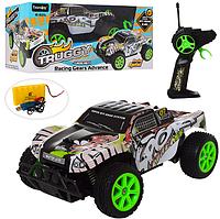 Машина вездеход ручное управление, 2,4G, аккумулятор, 26,5см, небьющийся корпус ,рез.колёса, USB, в коробке
