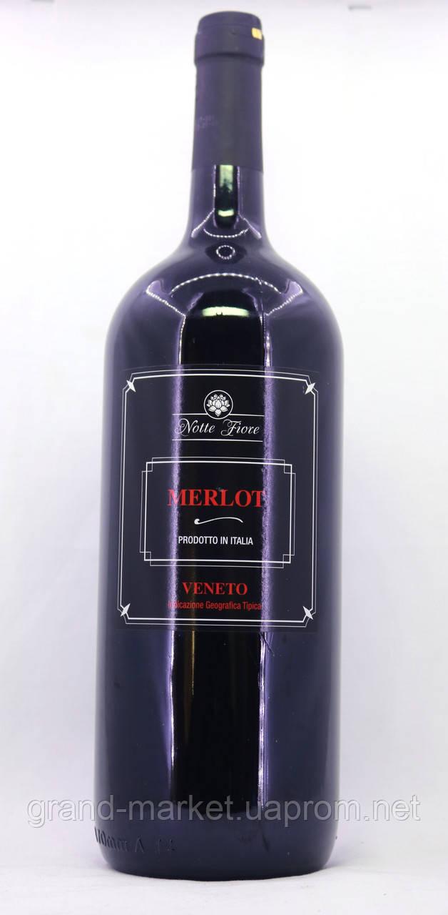 Вино Notte Fiore Merlot Veneto 1.5 l