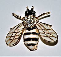 Брошь - муха