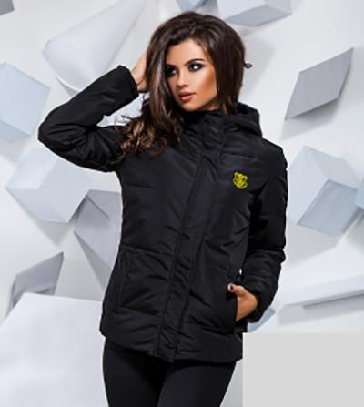 Демисезонная куртка на синтепоне с капюшоном 816733