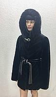 Шуба женская натуральная мутоновая короткая с капюшоном