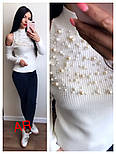 Женский стильный свитер с открытыми плечиками и жемчугом (5 цветов), фото 2