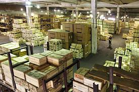 Высокопрочный крепеж. Производство крепежа высокой прочности отличается от производства обычного крепежа только тем, что завершающим этапом при изготовлении является процесс термообработки и закалки изделий.На складе в наличии более 500 т. продукции.