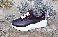Стильные ягодные кроссовки на высокой подошве. Натуральная кожа 1979
