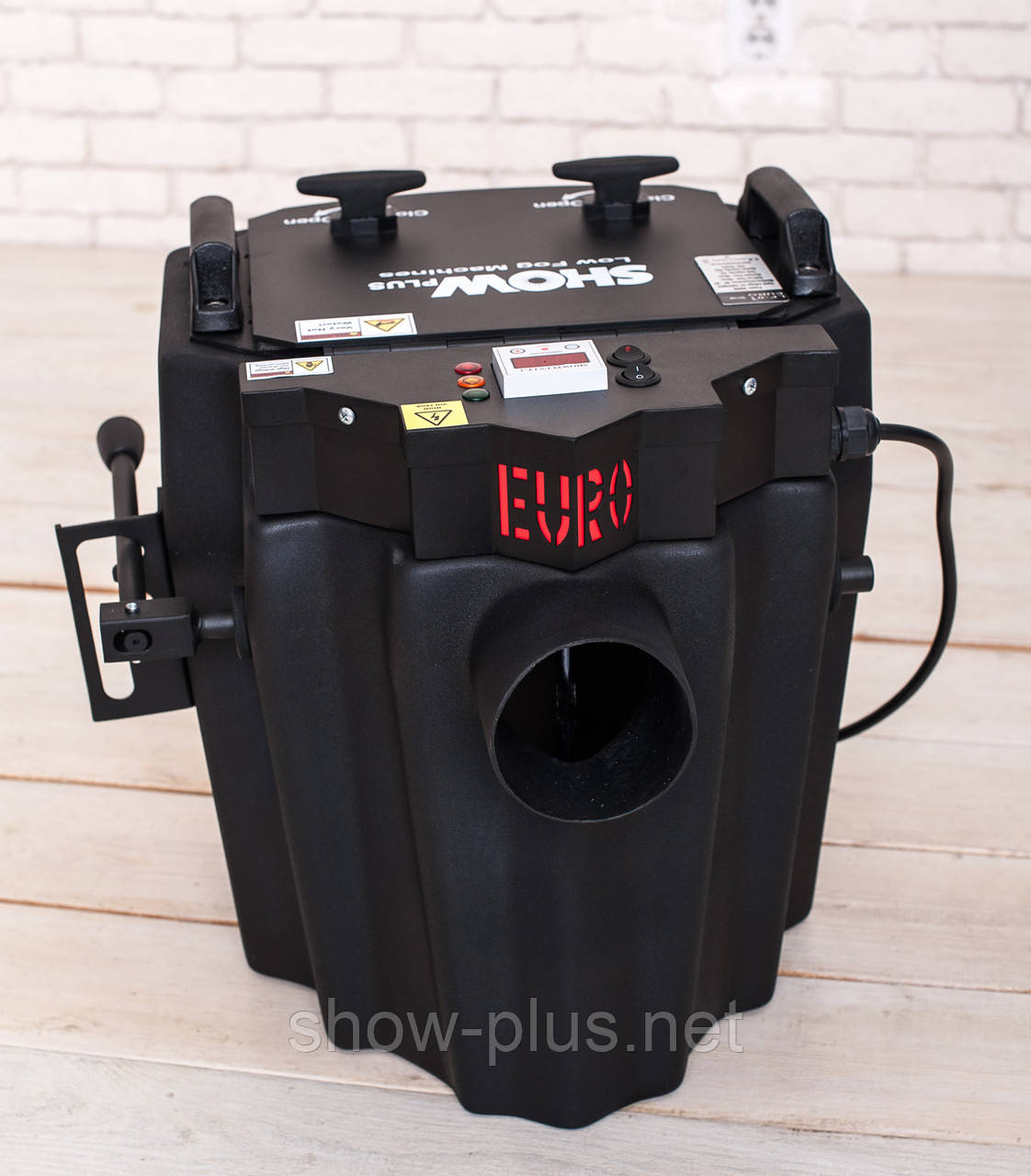 Генератор тяжелого низкого дыма SHOWplus LF-01 EURO